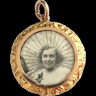 Antique 9ct rose gold pendant locket