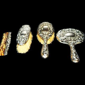 Silver 823 Victorian 4 Piece Vanity set