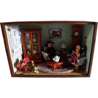 Vintage French Alsace-Lorraine dollhouse typical living-room miniature