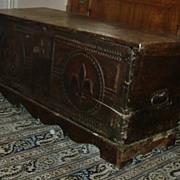 outstanding original antique blanket trunk / cascade French Flur De Lis 18th century