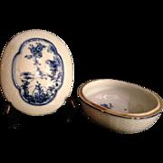 Japanese Antique Imari Ware Porcelain Dish of Late Edo Period