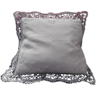 Pair of Bobbin Lace Trimmed Embroidered Cushion Covers
