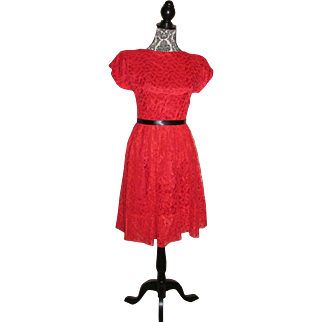 Vintage 1950s Red Chantilly Lace Valentine's Day Dress Red Party Dress Size Small