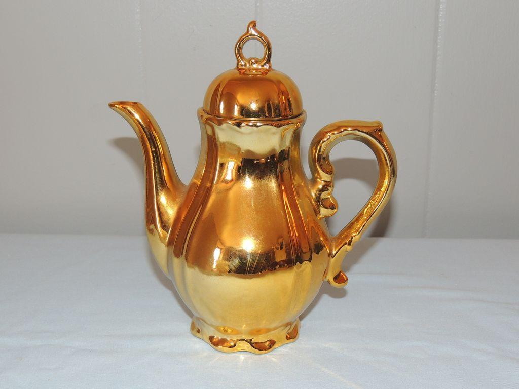 Karat Gold Sankyo Music Box Tea Coffee Pot Theme Song Love Story