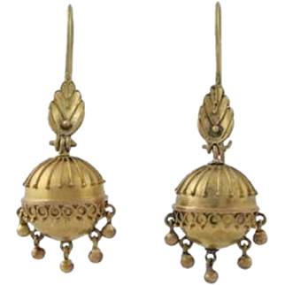 Victorian 14K Gold Etruscan Revival Hollow Ball Earrings