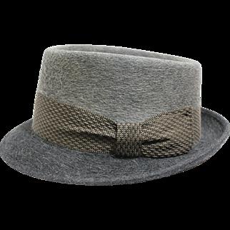 """60s - 70s Men's Gray Felt """"Pilgrim"""" Hat"""