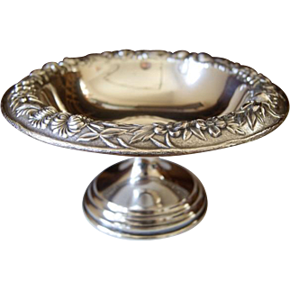 S Kirk and Son Sterling Silver Footed Bon Bon Bowl, Ca 1935