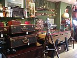 Robert Smith Antiques, Fine & Vintage
