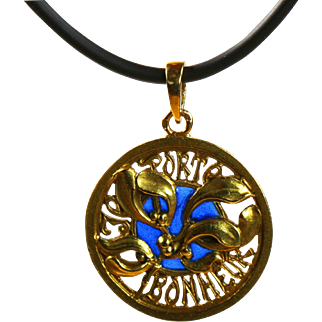 Unique Antique French Art Nouveau Gold  Luck/Love Pendant