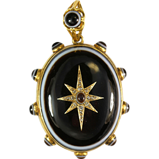 Regal Antique Gold  Banded Agate Diamond Pendant
