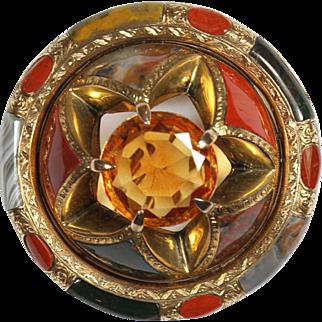 Superb Antique Gold Scottish Agate Pin