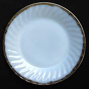 Anchor Hocking Fire-King White Golden Shell Dinner Plate 22k Gold Trim