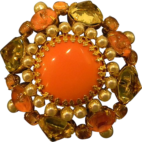 Schreiner - Inverted stone Brooch