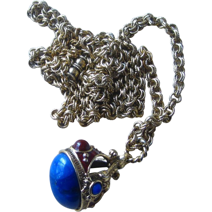 Vintage Fob Pendant Necklace- Very Nice