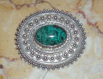 Vintage Sterling Silver Pendant or Pin With Malachite