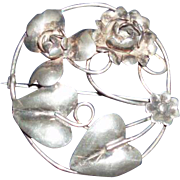 Vintage Sterling Silver Pin Brooch With Roses and Heart-Shaped Leaves