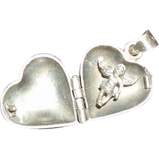 SALE Vintage Sterling Silver Heart Locket With a Cherub Inside