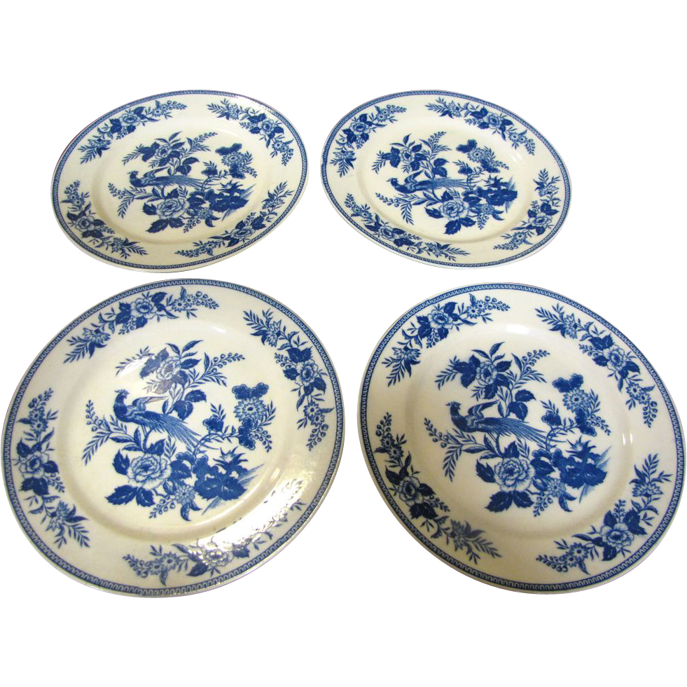"""Four Wales China of Japan, Suzanne 9"""" Plates, Lovely Bird Pattern"""