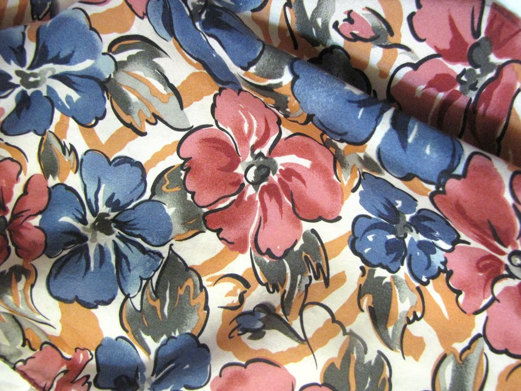 """Lovely Retro Silk Floral Print Scarf, 54"""" Long, Ships Free!"""