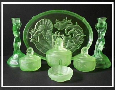 Phenomenal 1930s German Art Deco 7 piece Uranium Glass Vanity Set / Trinket Set by Walther & Sohne,