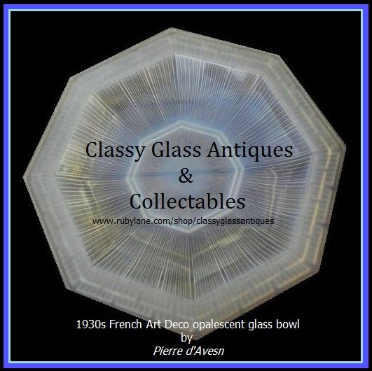 LARGE 1930s French Art Deco Opalescent Glass Bowl by Pierre d'Avesn. Signed