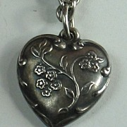 Sterling Silver Puffy Heart Charm ~ Spray of Forget-Me-Not Flowers ~ Engraved 'Phyl'