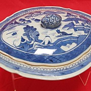 SALE Antique Chinese Canton  Porcelain Covered Dish
