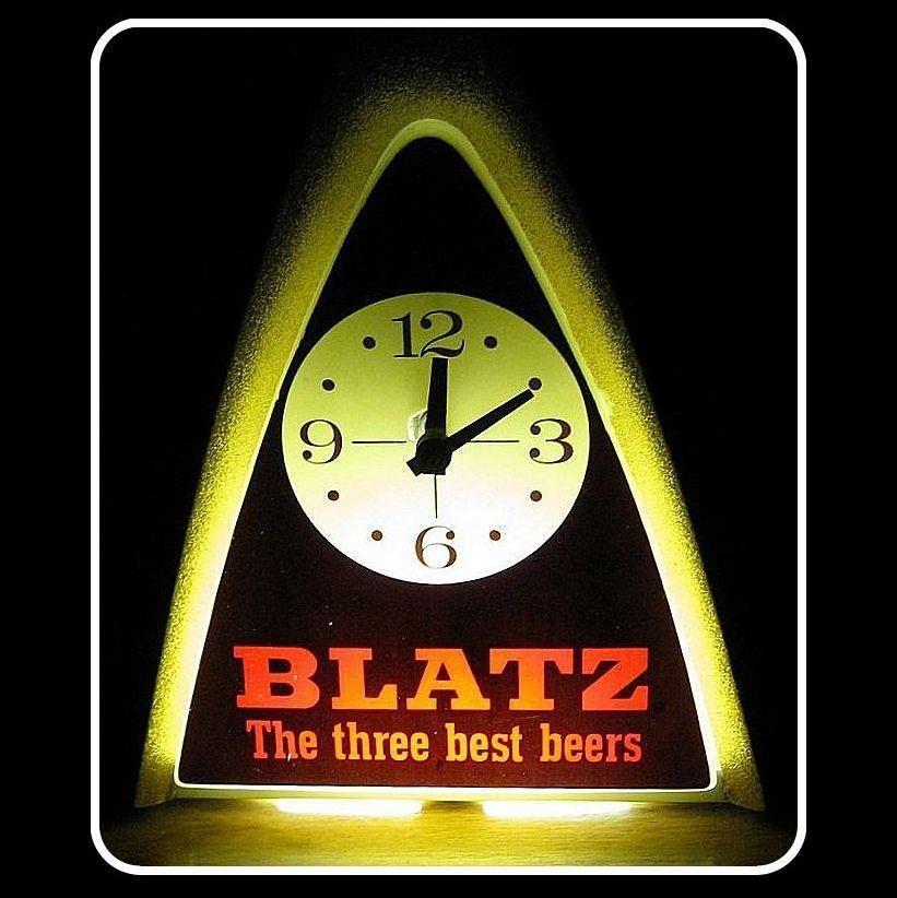 Vintage 1970 Blatz Beer Light & Clock Runs & Works
