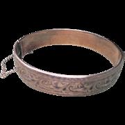 Vintage English Art Deco 9 kt Gold Bangle Bracelet