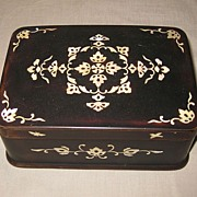 Japanese Mother-of-Pearl Inlaid Lacquered Box