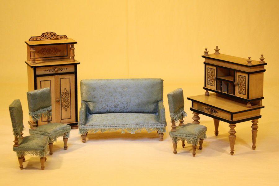Wonderful German Wooden Dollhouse Parlor Set