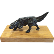 """""""On Point"""" Cast Metal Hunting Dog"""