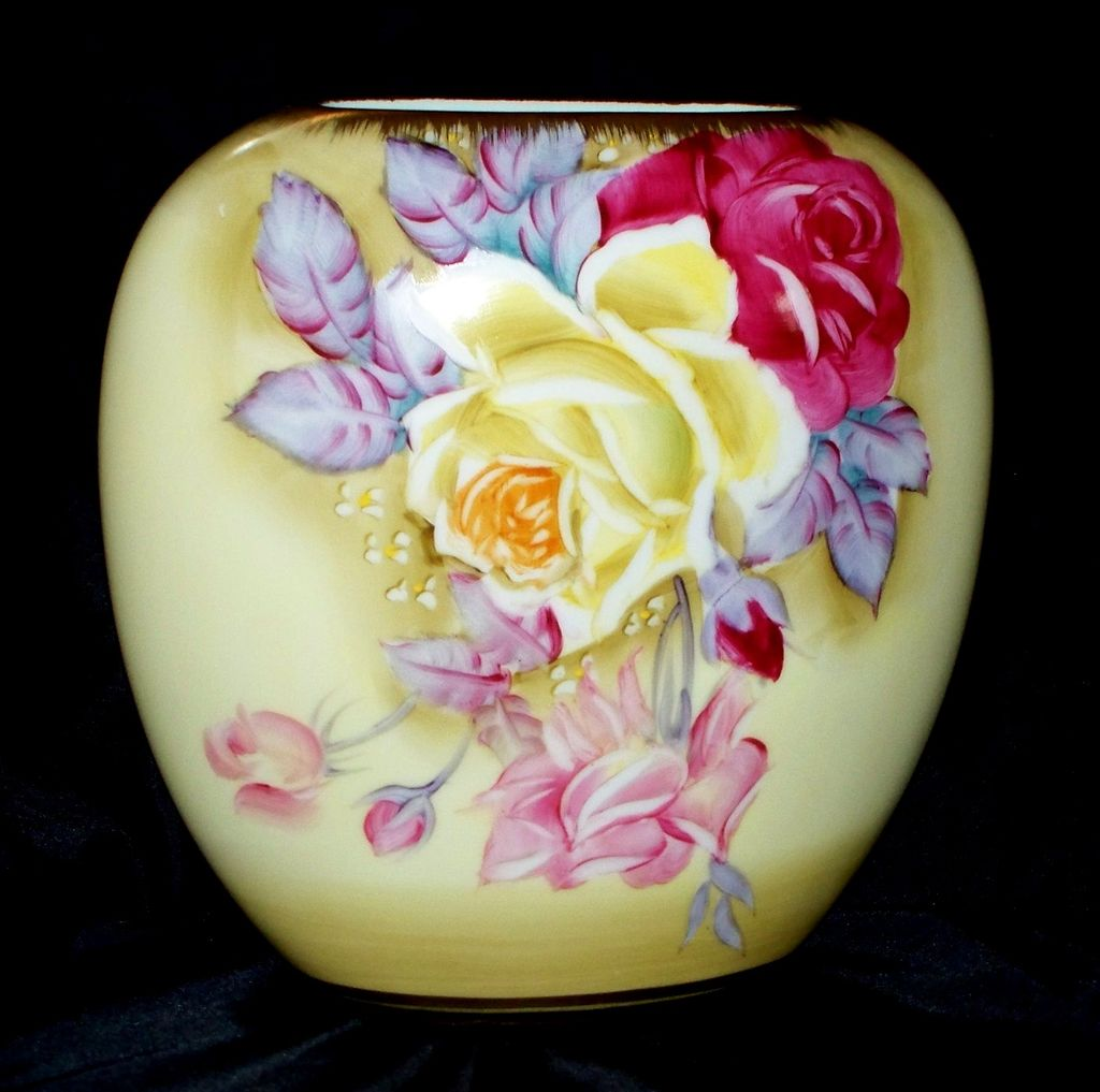 "Nippon Art Deco Vase  HP Roses   7""   Green Maple Leaf"