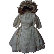 Original Antique 19th century beige cotton Dress w/ Petticoat Hat for german french bisque doll