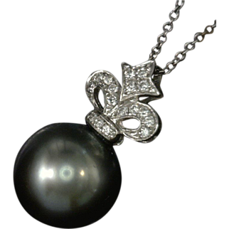 Fleur de Lis 18 Karat White Gold Diamond Studded Pendant with a  Dangling Cultured Salt Water Pearl Tahitian  Black 12 Millimeter Round