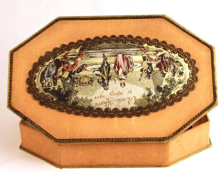 Commemorative French Bonbon Box w/ Color Lithograph Medallion