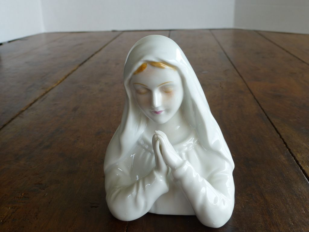 Miyako's Originals Porcelain Madonna Figurine