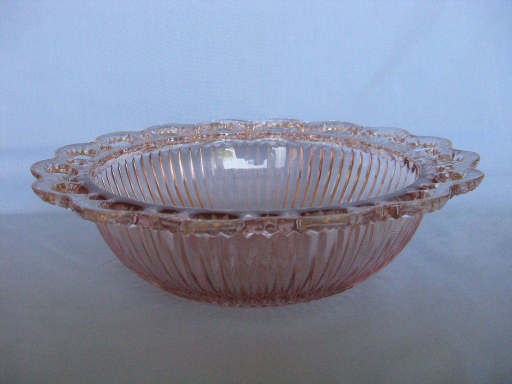 """Depression Glass Pink Old Colony """"Lace Edge"""" Ribbed Bowl"""