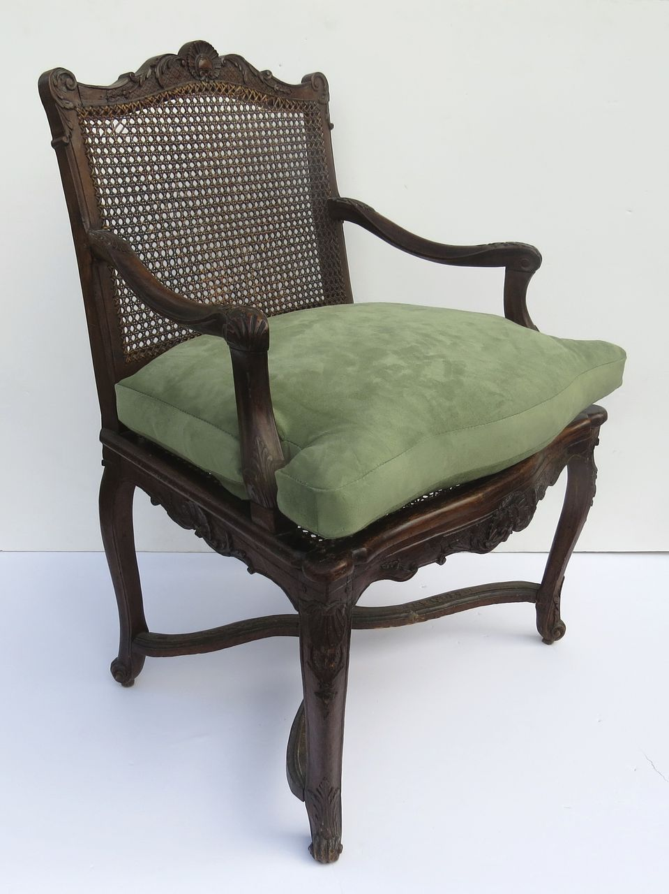 French Régence Walnut Carved Chair