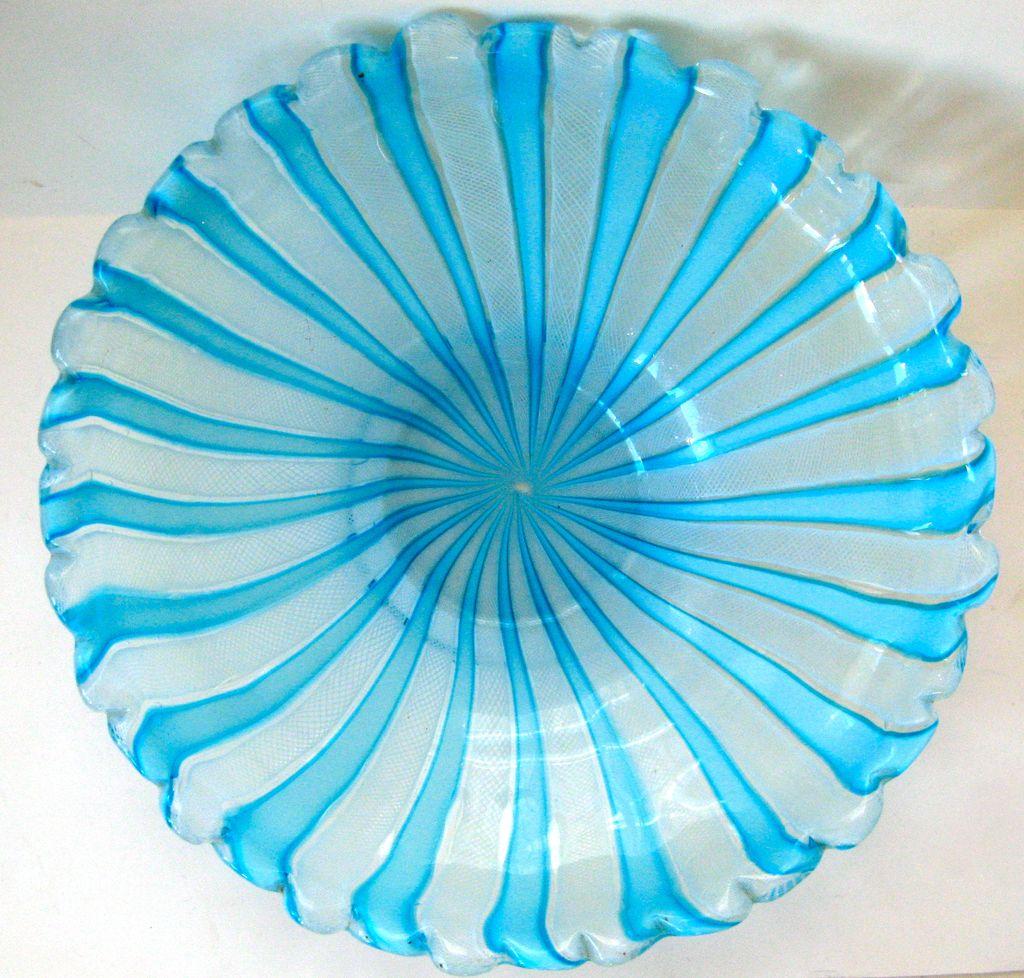 Large Italian Mid Century Murano Glass Bowl Centerpiece Latticino