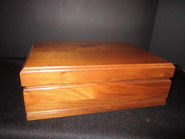 Vintage Walnut Cigar Humidor Box