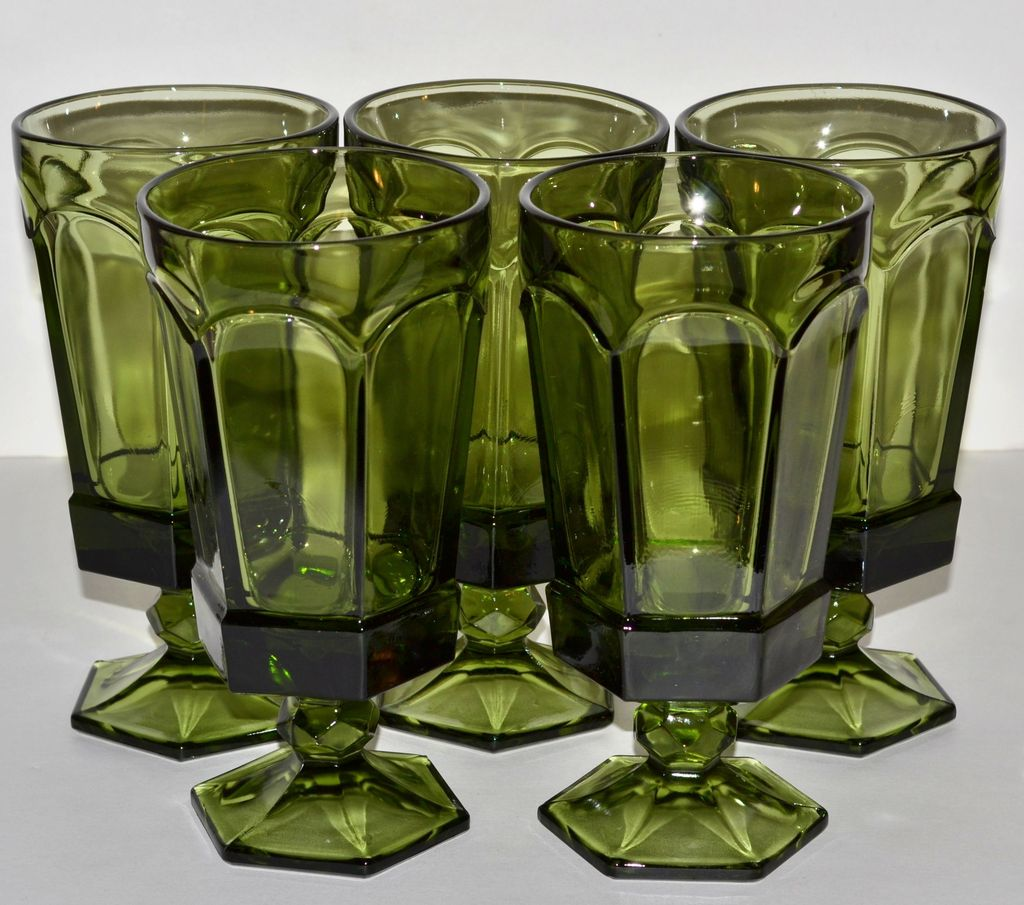 1970s Set of 5 Gothic Green Paneled Goblets