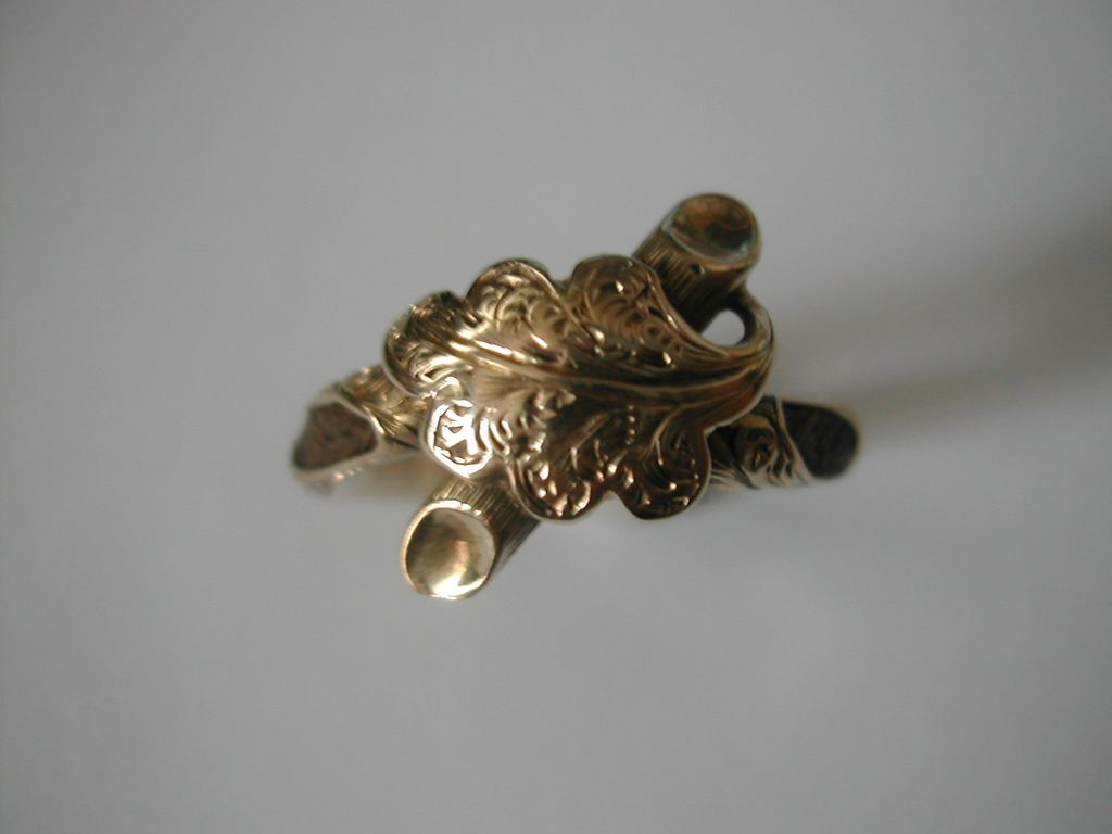 """The most unusual """"Memorial""""  ring of 1855"""