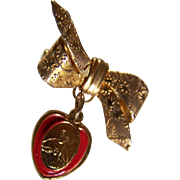 RELIGIOUS ~ JESUS Vintage Drop Brooch ~ RIBBON BOW  With Drop Medallion Of Jesus