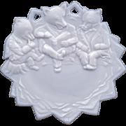 Westmoreland Three Roosevelt bears milk glass plate circa 1905
