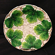 """Meissen leaf and vine gold gilt rare deep mold 9"""" plate circa 1830's in excellent antique condition"""