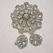 Vintage Diamante Brooch & Trifari Clip Earrings Set