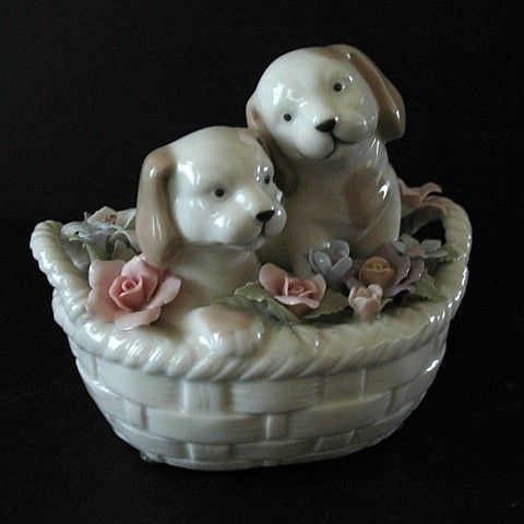 Music Box Suberto Puppies in a Basket You've Got a Friend