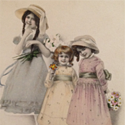 Trio Of Pretty Young Girls With Hats, Flowers And Shoes-Vienne