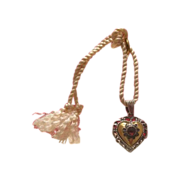 Garnet and gilded silver heart-shaped pendant dated at the 19th century